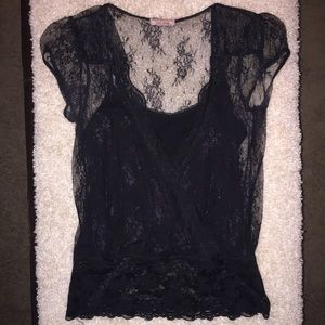 Tops - ❌FREE W/BUNDLE PURCHASE BLACK LACE BUILT IN CAMI